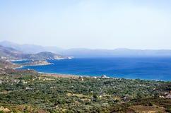 惊人的看法向从一座山的顶端海在希俄斯海岛,希腊 图库摄影
