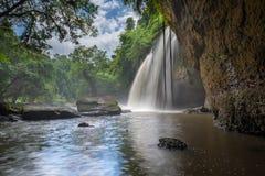惊人的美丽的瀑布在Khao亚伊国家公园,泰国 图库摄影