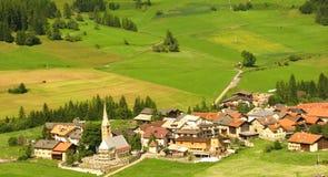 惊人的美好的困瑞士城镇视图 库存照片