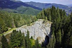 惊人的美妙的桥梁和全景对Rhodopes山,保加利亚 免版税库存图片