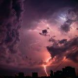 惊人的闪电 库存照片
