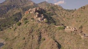 惊人4k在罗格乌迪,卡拉布里亚意大利被放弃的鬼城的riseup天线  影视素材