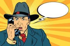 惊奇的减速火箭的商人谈话在电话 皇族释放例证