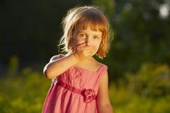 惊奇的小女孩 免版税库存图片