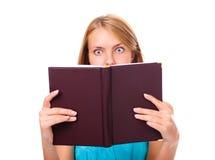 惊奇纵向妇女年轻人 免版税库存照片