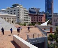 惠灵顿街市CBD建筑学,新西兰 免版税库存照片