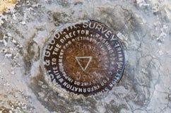 惠特尼峰山顶基准 图库摄影