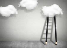 想法概念,对云彩的铅笔梯子 免版税库存图片