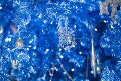 幻想蓝色闪烁圣诞节新年好 库存图片