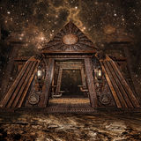 幻想金字塔在晚上 免版税库存照片
