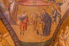 愈合聋人的耶稣 免版税库存照片