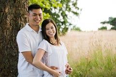 愉快亚洲的夫妇 免版税库存照片