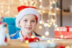 愉快儿童的圣诞节 免版税库存图片