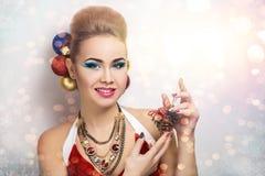 愉快圣诞老人的女孩 免版税图库摄影