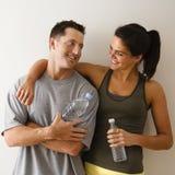 愉快夫妇的健身 免版税库存图片