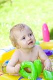 愉快婴孩的庭院 库存照片
