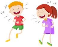 愉快男孩和女孩笑 免版税库存图片