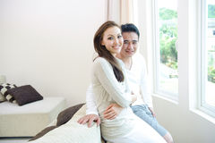 愉快的亚洲夫妇 库存照片
