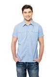 愉快的人纵向蓝色偶然衬衣的 免版税库存图片