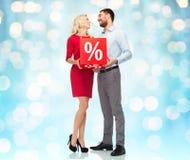 愉快的加上在光的红色销售百分比 免版税库存照片
