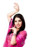 愉快的印度印第安微笑的妇女 免版税库存照片