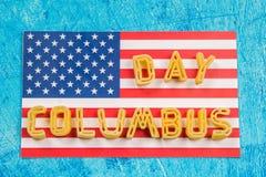 愉快的哥伦布日文本 美国假日的概念 美国的发现者 假日状态 图库摄影