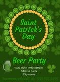 愉快的圣帕特里克` s天邀请,海报,飞行物 啤酒您的设计的党模板 也corel凹道例证向量 免版税库存照片