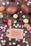 愉快的复活节标记和甜点 免版税库存图片