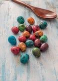愉快的复活节鹌鹑蛋 免版税库存照片