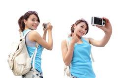 愉快的妇女旅行 库存图片