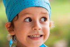 愉快的微笑的男孩 库存照片