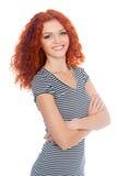 愉快的微笑的红发女孩 免版税库存照片