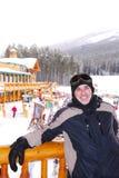 愉快的滑雪者 免版税库存图片
