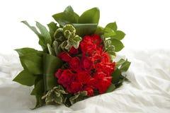 愉快的玫瑰色礼物 库存图片