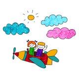 愉快的男孩和女孩在铅笔飞机飞行 免版税库存图片