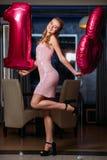 愉快的第18次女性生日聚会 免版税图库摄影