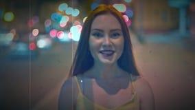 愉快的红色头发女孩葡萄酒英尺长度说喂和用手挥动 股票录像