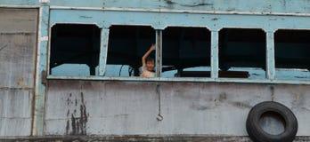 愉快的越南男孩 免版税库存图片