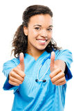 愉快的黑人非裔美国人的医生微笑的胳膊折叠了隔绝 图库摄影