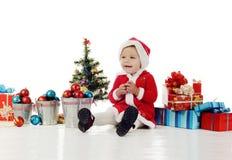 愉快的婴孩圣诞老人 免版税库存图片