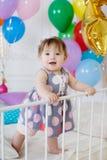 愉快的婴孩在他的第一个生日 库存照片