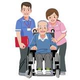 愉快的年长人画象轮椅和他的护理 免版税图库摄影