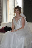 愉快美丽的新娘 库存图片