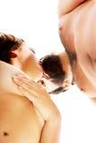 愉快美好夫妇亲吻 图库摄影
