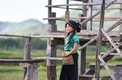 愉快逗人喜爱的亚裔儿童的女孩 免版税库存照片
