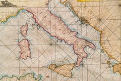 意大利、西西里岛、可西嘉岛、克罗地亚和撒丁岛的老地图 库存照片