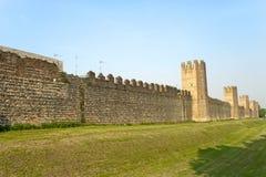 意大利中世纪montagnana墙壁 库存图片
