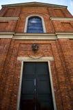 意大利伦巴第cairate老教会关闭了砖 免版税图库摄影