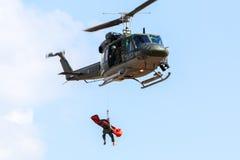 意大利军事任务阿古斯塔响铃AB-212直升机 免版税库存图片