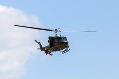 意大利军事任务阿古斯塔响铃AB-212直升机 库存图片